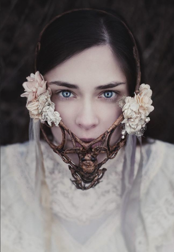 (c) Seelenblick | Fotografie Claudia Wycisk, model : Alysha Sculpted mask : Candice Angelini