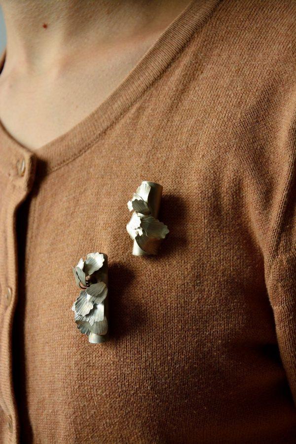 aurélie-guillemin-broche-lenteur-lenvers-du-decor