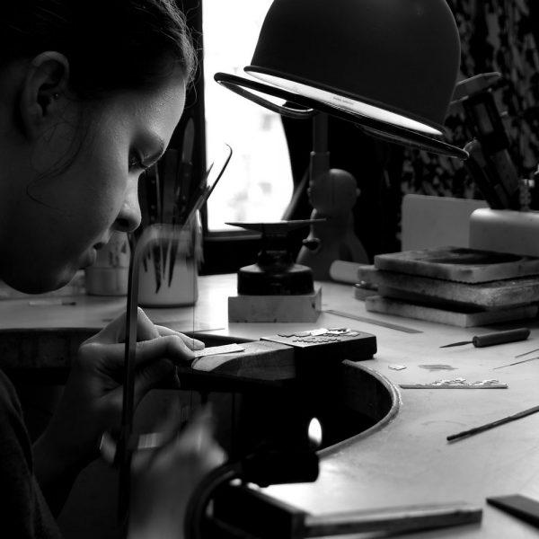 aurelie-guillemin-portrait-établi-lenvers-du-decor
