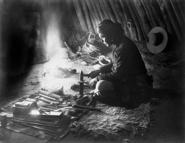 navajo-silversmith
