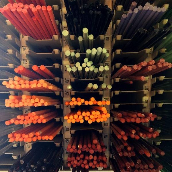 www.lenvers-du-decor.com-couleurs-verre-latelier-verrerie-du-chat-noir