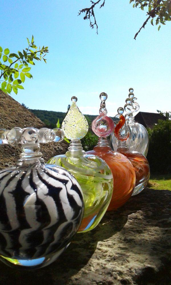 www.lenvers-du-decor.com-flacons-en-verre-latelier-verrerie-du-chat-noir